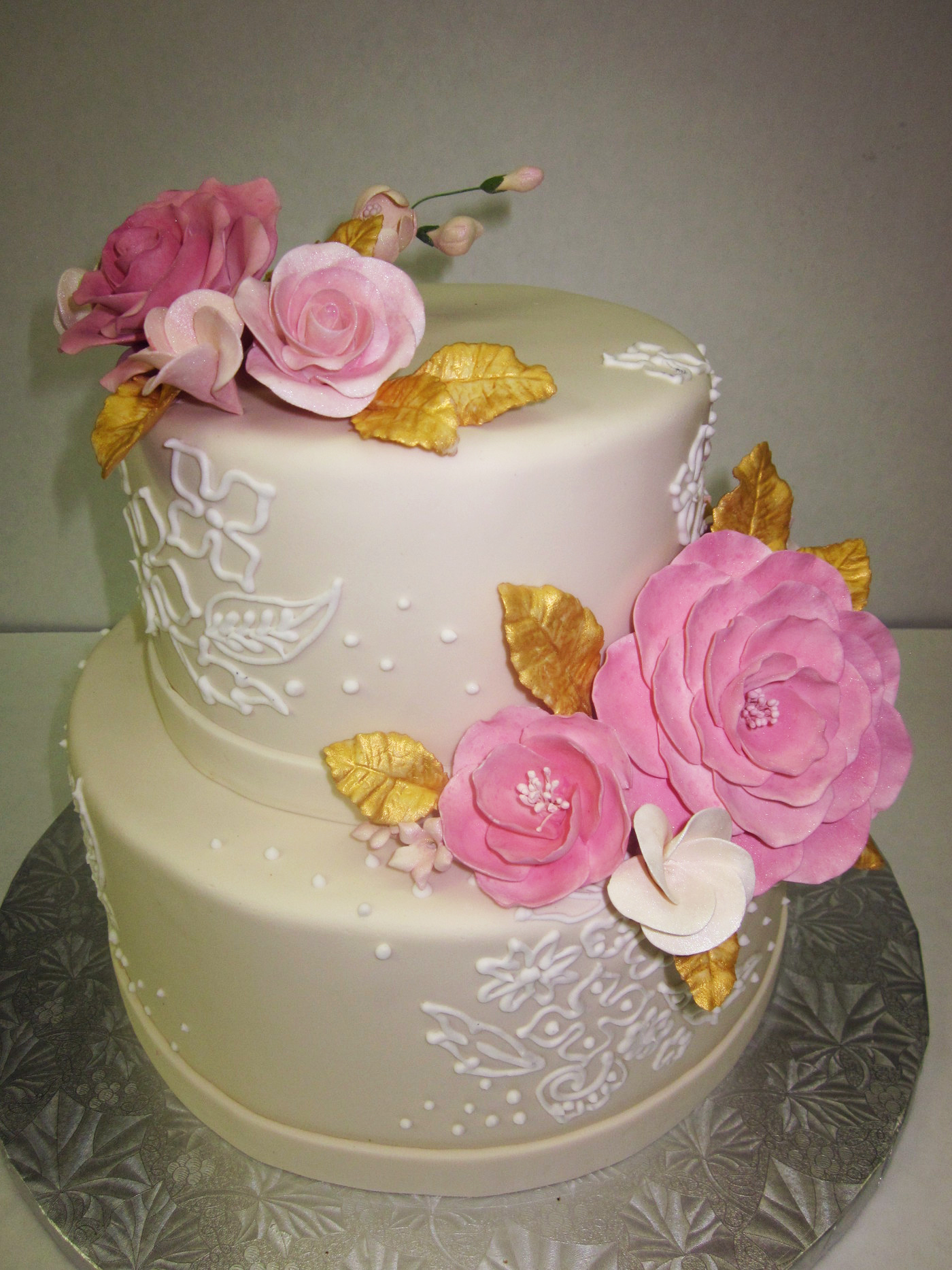Custom Cakes & Wedding Cakes - Cafe Madeleine in San Francisco